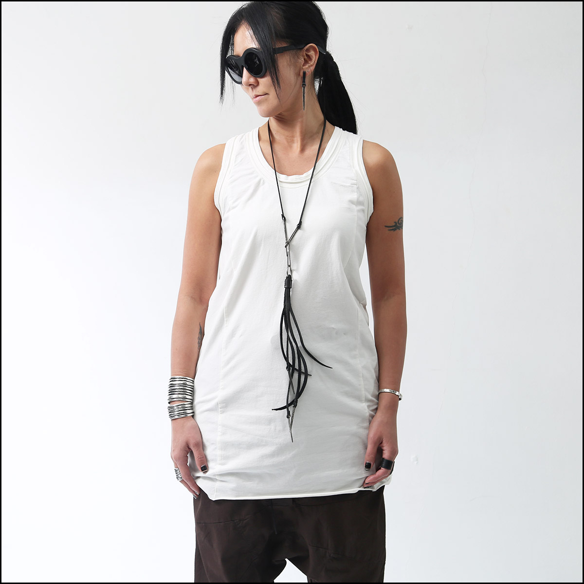 RUNDHOLZ_COTTON SLEEVELESS TOP 133 0823_RICE(OFF WHITE)