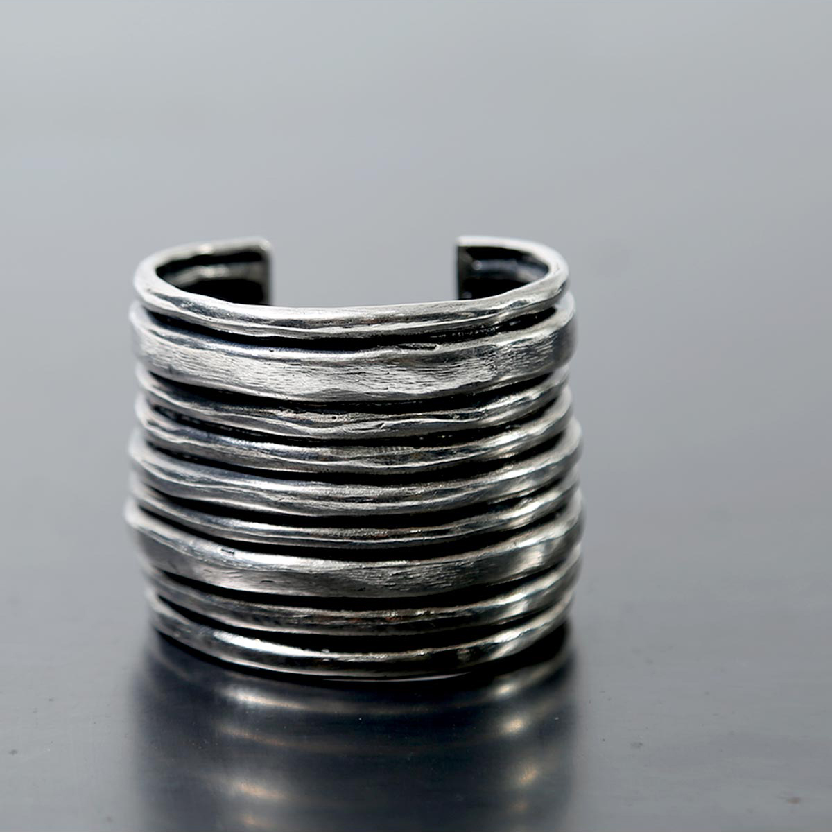 Rusty Thought COIL BANGLE_SPB_L